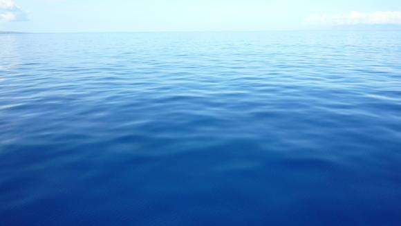 水 地球上にある、すべての水を想像してみましょう。 地球は水の星と言われて... 水 に感謝 :
